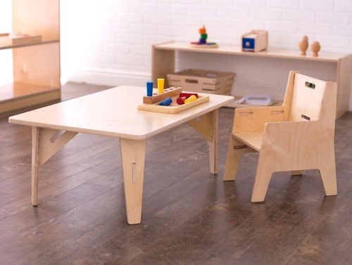 Sprout weaning table and chair